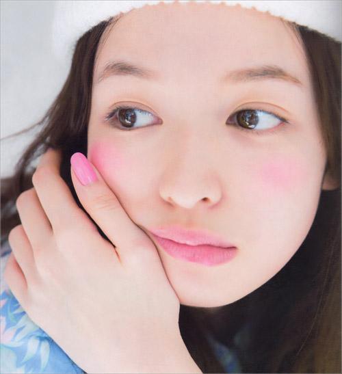 ភាពស្រស់ស្អាតរបស់ Erika Mori ជាមោទនភាពនៃការកែសម្ផស្សរបស់ជប៉ុន