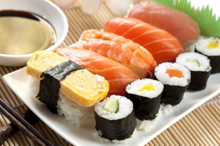 ស្នាដៃធ្វើ Sushi ពិសេសរបស់ចុងភៅជប៉ុន