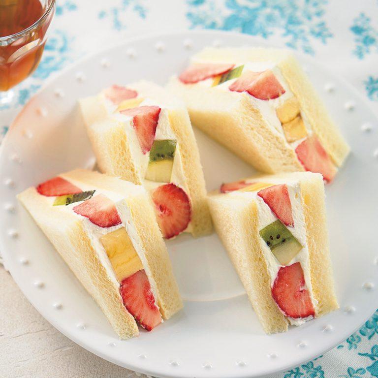 Sandwich ស្នូលផ្លែឈើរស់ជាតិឆ្ងាញ់